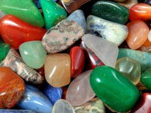 Магические свойства драгоценных, полудрагоценных камней и минералов